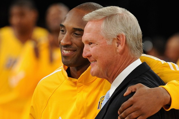 Kobe Bryant y Jerry West./ Getty Images