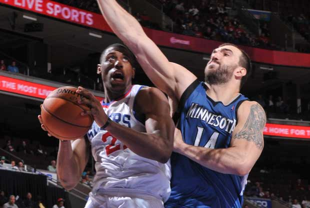 Thaddeus Young, Nikola Pekovic / Getty Images