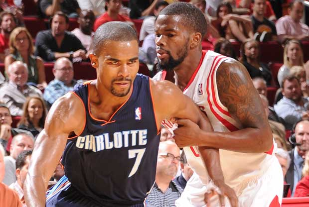 Ramon Sessions, Aaron Brooks / Getty Images