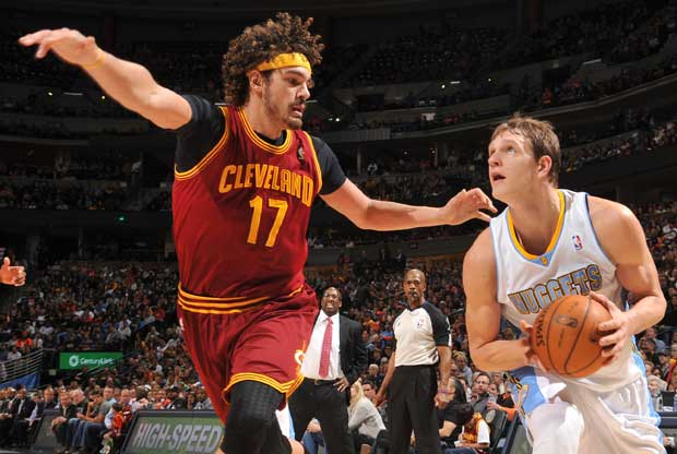 Anderson Varejao, Timofey Mozgov / Getty Images