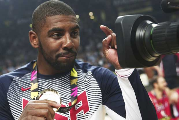 Kyrie Irving / FIBA