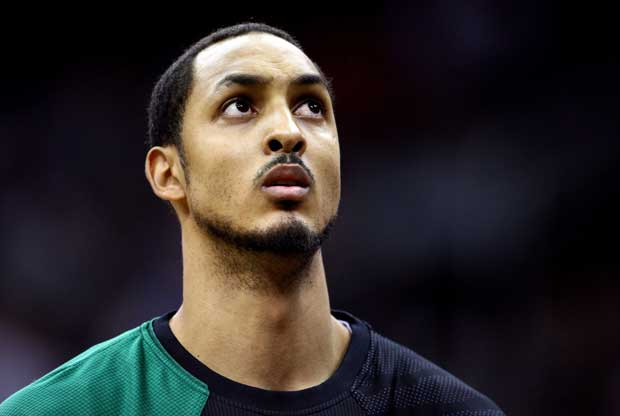 Ryan Hollins / Getty Images