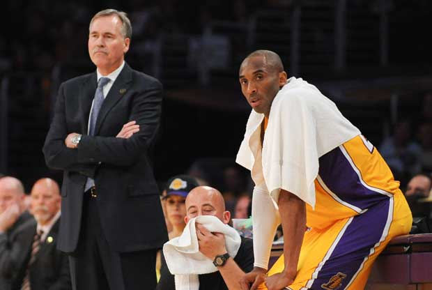 Mike D'Antoni, Kobe Bryant / Getty Images