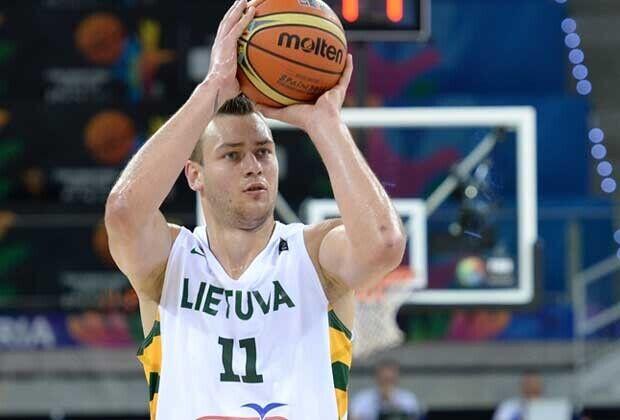 Donatas Motiejunas / FIBA