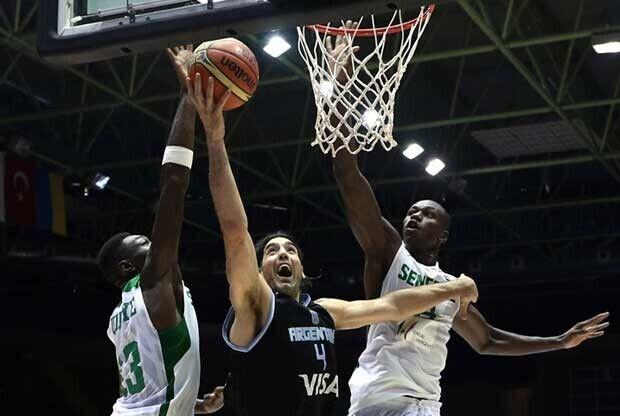 Luis Scola / FIBA