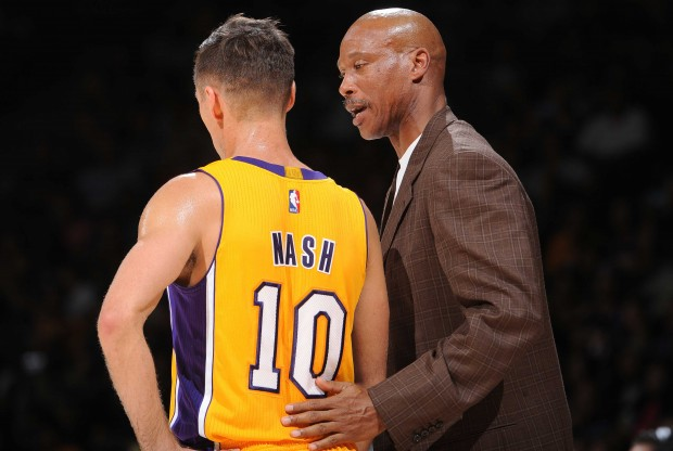 Steve Nash y Byron Scott./ Getty Images