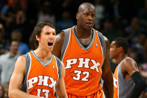 Steve Nash y Shaquille O'Neal./ Getty Images