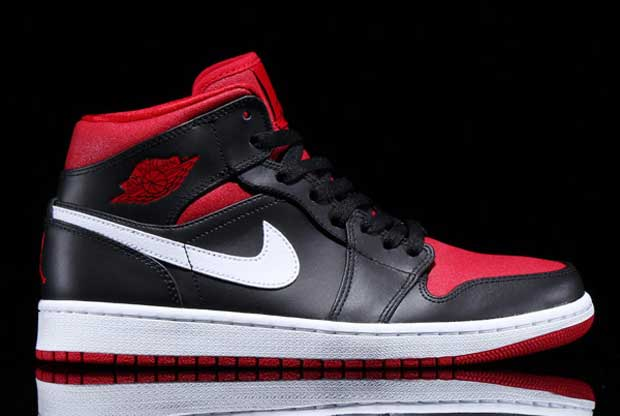 Air Jordan - 1 Mid 'Black/Gym Red/White'
