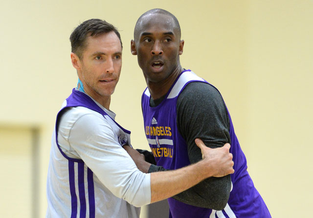 Kobe Bryant y Steve Nash / Getty Images