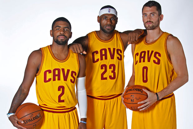 Kyrie Irving, LeBron James y Kevin Love / Getty Images