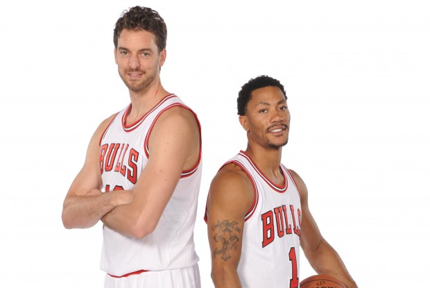 Pau Gasol y Derrick Rose./ Getty Images