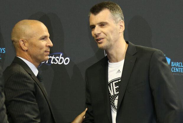 Jason Kidd y Mikhail Prokhorov / Getty Images