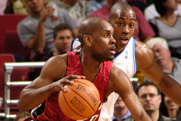 Gary Payton y Dwight Howard / Getty Images