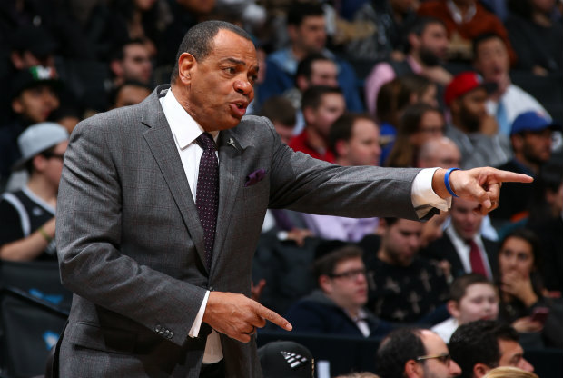 Lionel Hollins./ Getty Images