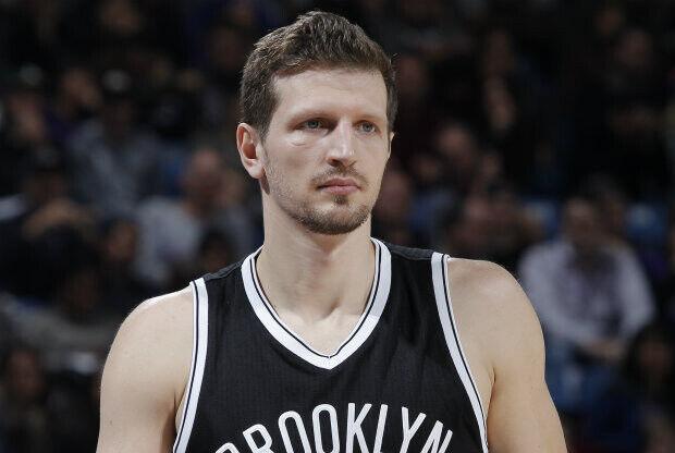 Mirza Teletovic podrá volver a jugar, según los médicos