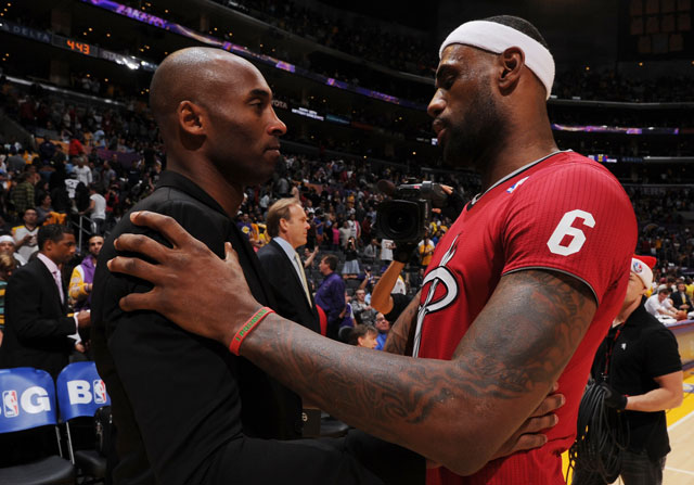 Kobe Bryant y LeBron James / Getty Images