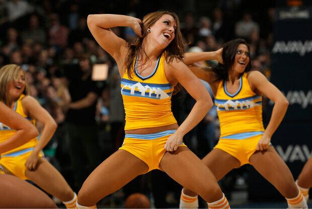 Cheerleaders Denver Nuggets./ Getty Images