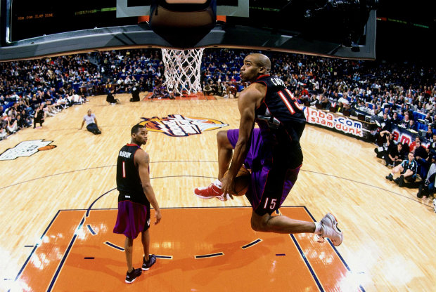 Vince Carter y Tracy McGrady jugnado juntos