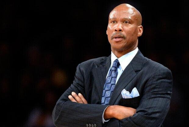 """Byron Scott: """"Muchos agentes libres quieren jugar en los Lakers"""""""