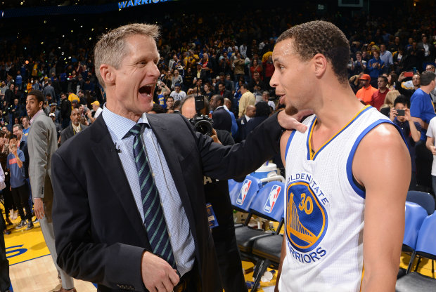 Stephen Curry y Steve Kerr./ Getty Images