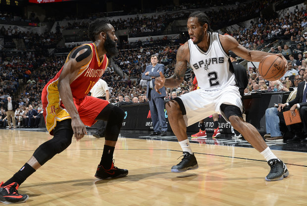 James Harden y Kawhi Leonard./ Getty Images
