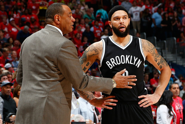 Lionel Hollins y Deron Williams./ Getty Images