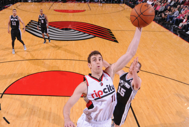 Victor Claver / Getty Images