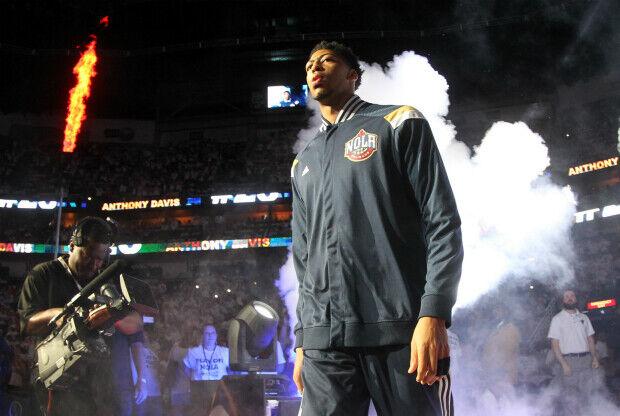 Anthony Davis extiende contrato con New Orleans Pelicans