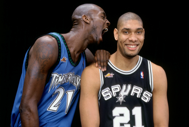 Kevin Garnett y Tim Duncan / Getty Images