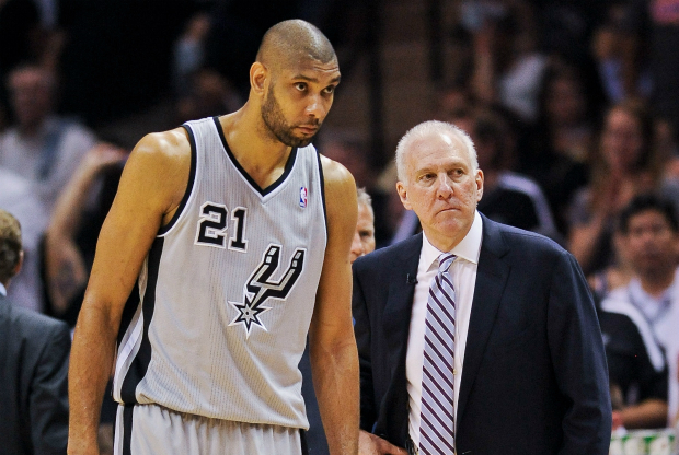 Tim Duncan y Gregg Popovich / Getty Images