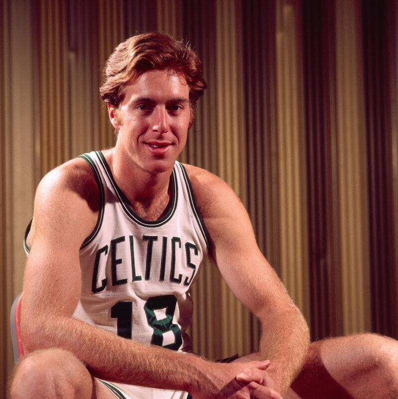 היום לפני 46 שנה: דייב קאונס משחק את משחקו הראשון בסלטיקס / מנחם לס