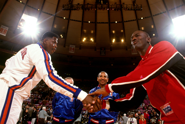 Michael Jordan y Patrick Ewing / Getty Images