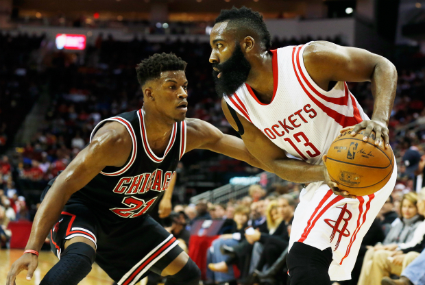 Jimmy Butler y James Harden cara a cara en la NBA