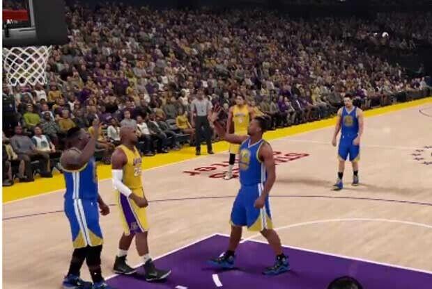 Kobe Bryant roba un saludo en el NBA 2K16