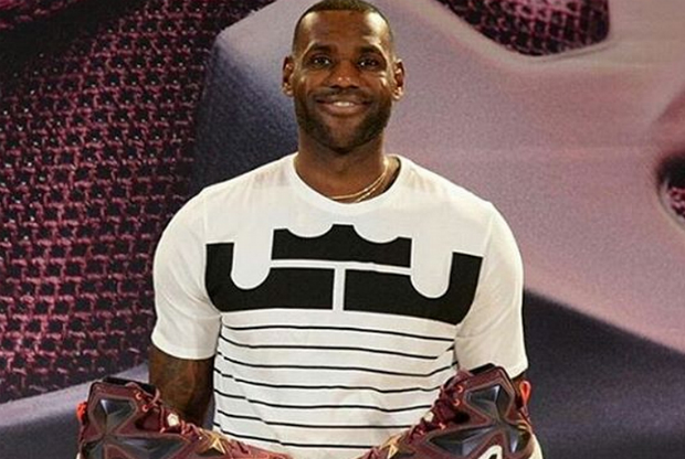 LeBron James con las Nike LeBron 13