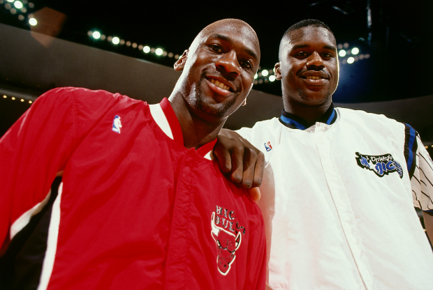 Shaquille O'Neal y Michael Jordan / Getty Images