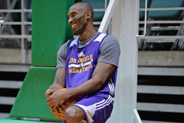 Kobe Bryant ironiza sobre su regreso