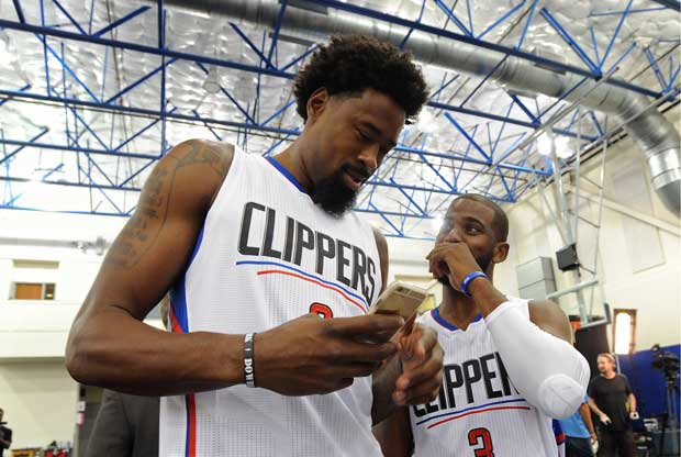 DeAndre Jordan y Chris Paul en el media day
