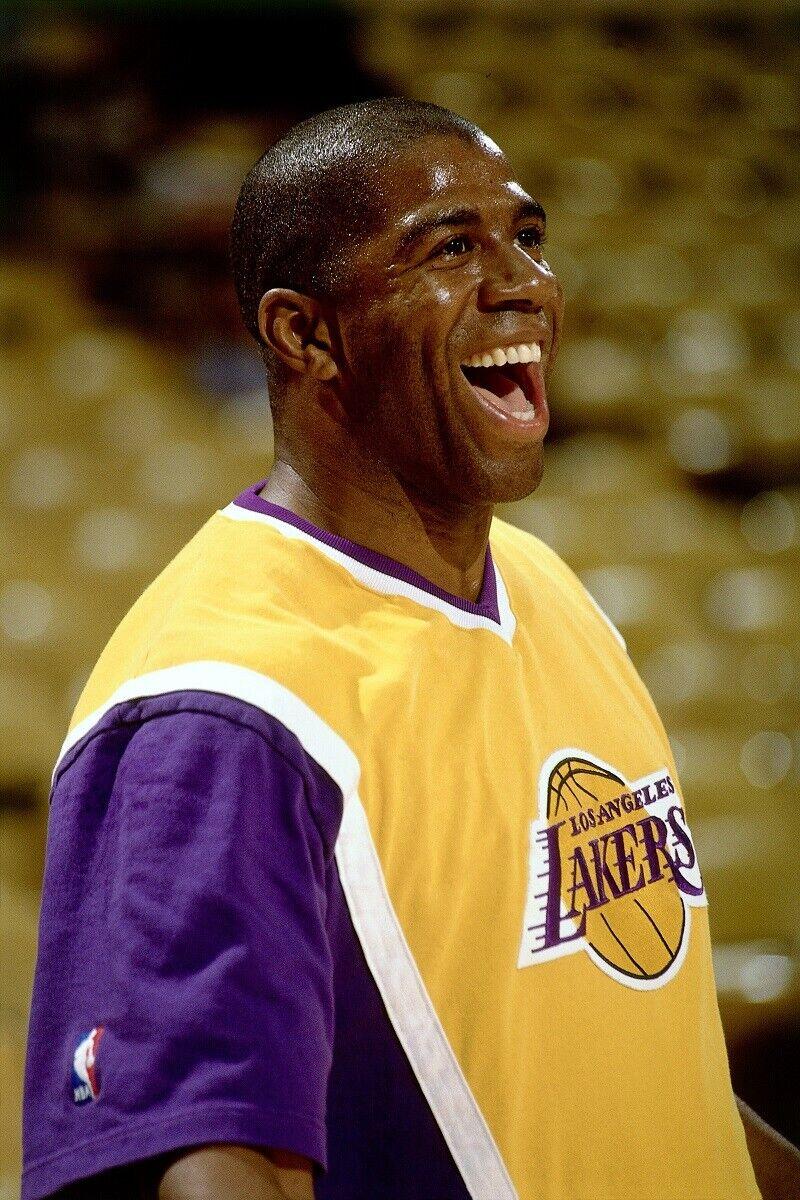 Magic Johnson sonriendo