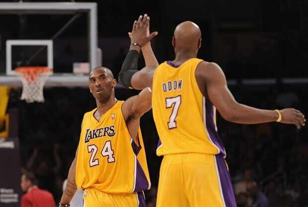Kobe Bryant, con Lamar Odom