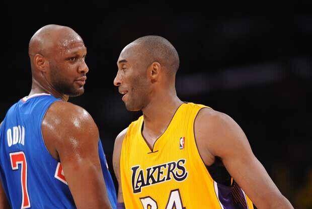 Kobe Bryant y Lamar Odom durante un partido