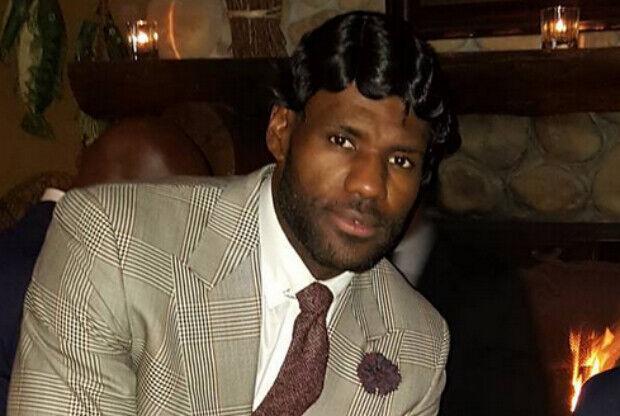 LeBron James disfrazado de los años 20
