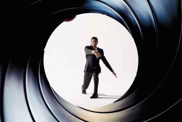 Ricky Rubio encarna el personaje de James Bond