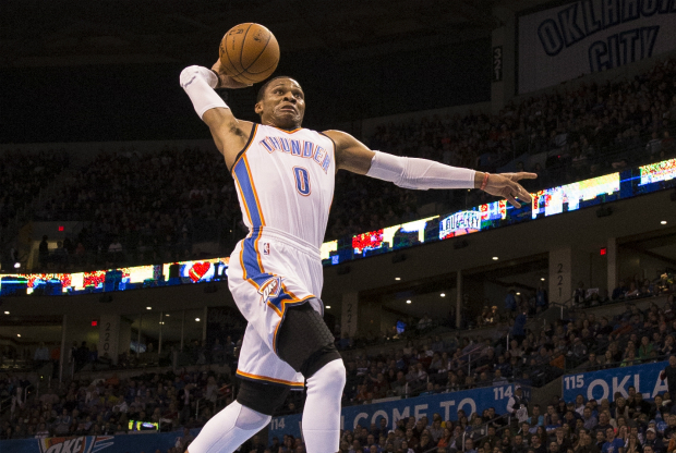 Russell Westbrook hace un mate