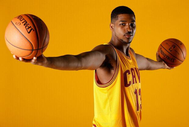 Tristan Thompson con la camiseta de Cleveland Cavaliers