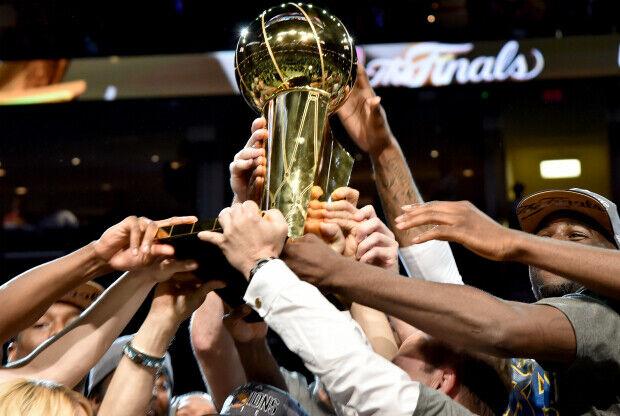El trofeo de la NBA es el premio más preciado