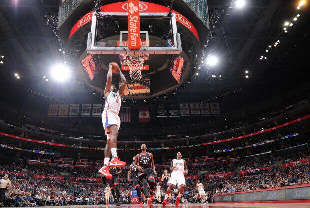 DeAndre Jordan realizó esta gran jugada con su equipo.
