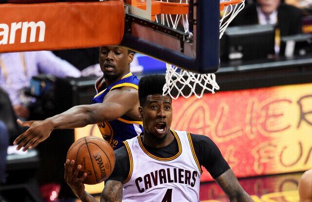 Iman Shumpert, en partido con Cleveland Cavaliers.