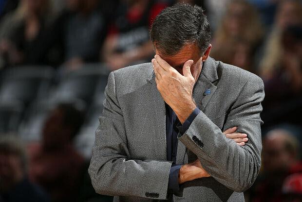 Kevin McHale deja el banquillo de Houston Rockets