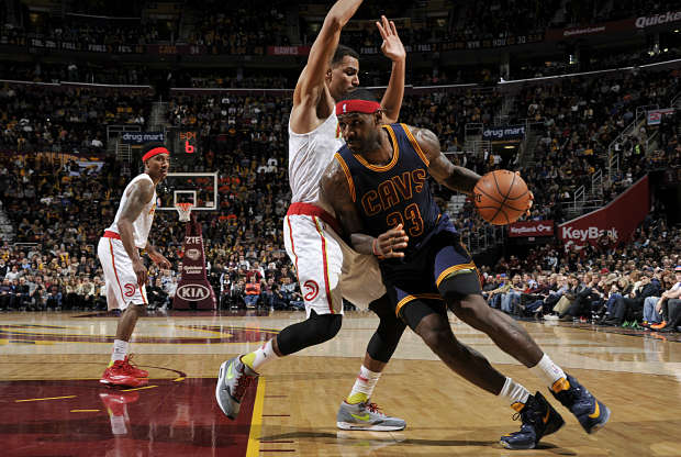 LeBron James lidera a Cleveland Cavaliers
